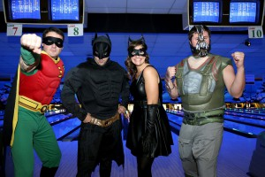 Bowling for Batman (Matthew Prior, Greg Kuchma, Dareen Kuchma et Andrew Rymes, courtiers immobiliers)