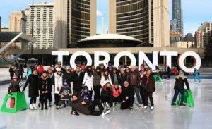Patineurs à l'événement Beards on Ice, à Toronto, en Ontario